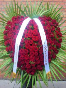 wieńce czerwone róże