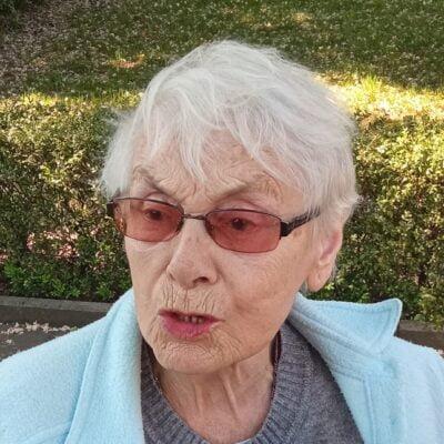 Nekrolog Irena Galster